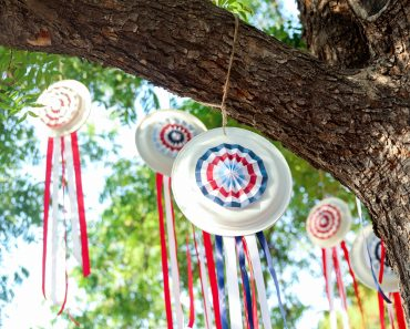 Easy-Outdoor-Decor-July-4th